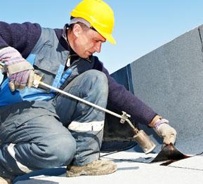 Dakdekker voor platte daken